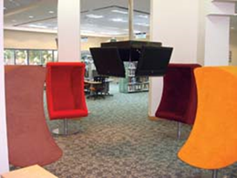 مكتبات دبي تزود صالاتها بأحدث الأثاث المكتبي
