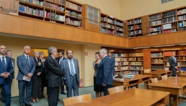 حاكم الشارقة يزور مكتبة ياجيلونيان ببولندا